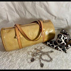 Louis vuitton papillon vernis handbag